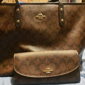 Coach Medium Tote and Full Size Wallet